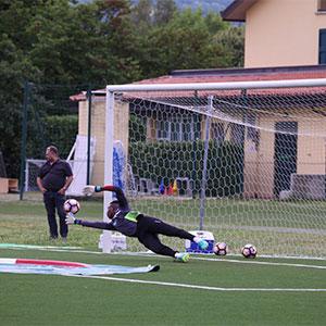 I numeri 1 del calcio si allenano su campi in gomma riciclata