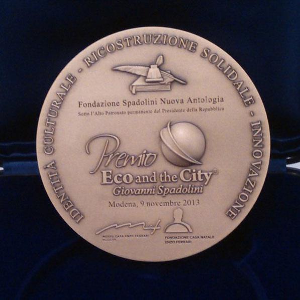 Ecopneus vincitore del Premio Eco and the City Giovanni Spadolini per l'innovazione. La premiazione è arrivata sabato 9 al Museo Casa Enzo Ferrari di Modena
