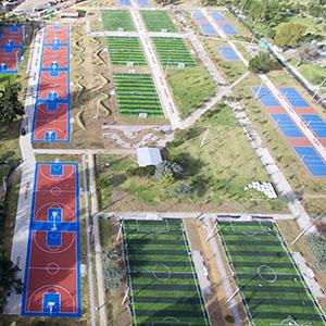 """A Quito, capitale dell'Equador, il """"Parque La Carolina"""" rinasce grazie a 26 campi con la gomma riciclata dei Pneumatici Fuori Uso"""