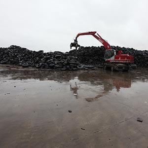 Fine anno più sereno per l'ambiente: finito l'incubo delle 40.000 tonnellate di pneumatici abbandonate vicino pavia
