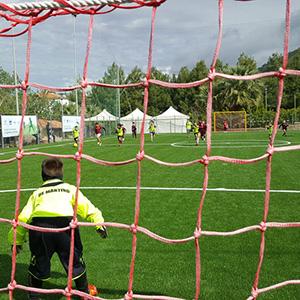 I pneumatici giunti a fine vita diventano campi sportivi a Pollica