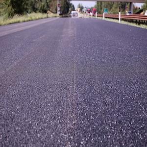 Buche e strade dissestate: la soluzione per le Pubbliche Amministrazioni arriva dagli asfalti modificati con gomma riciclata