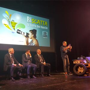 A Sant'Antimo, Napoli e Ottaviano nuove aree giochi e impianti sportivi scolastici grazie alla gomma da riciclo. Il messaggio del Ministro Galletti.