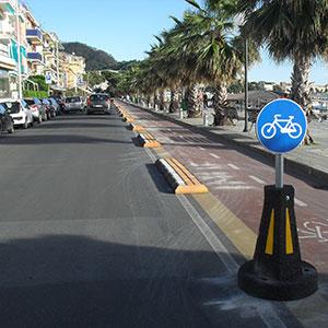 """Piste ciclabili, elementi """"bike friendly"""" e per la sicurezza: grazie alla gomma riciclata andare in bici è ancora più sostenibile!"""