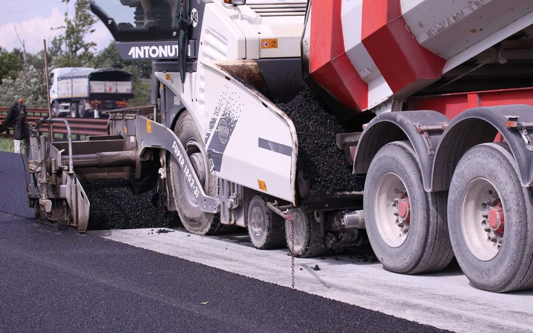 "More and more ""green"" roads in Italy: about 600 km of roads have been resurfaced with asphalts made with recycled rubber from End-of-Life tyres"