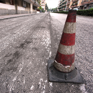 The use of milled asphalt in road surfaces