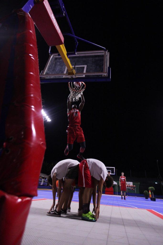 Lo spettacolo dei DaMove sul Tyrefield basket di S. Benedetto del Tronto