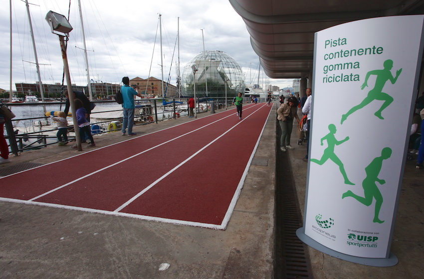 A recycled rubber athletics track for the 15th Sports Festival in Genoa