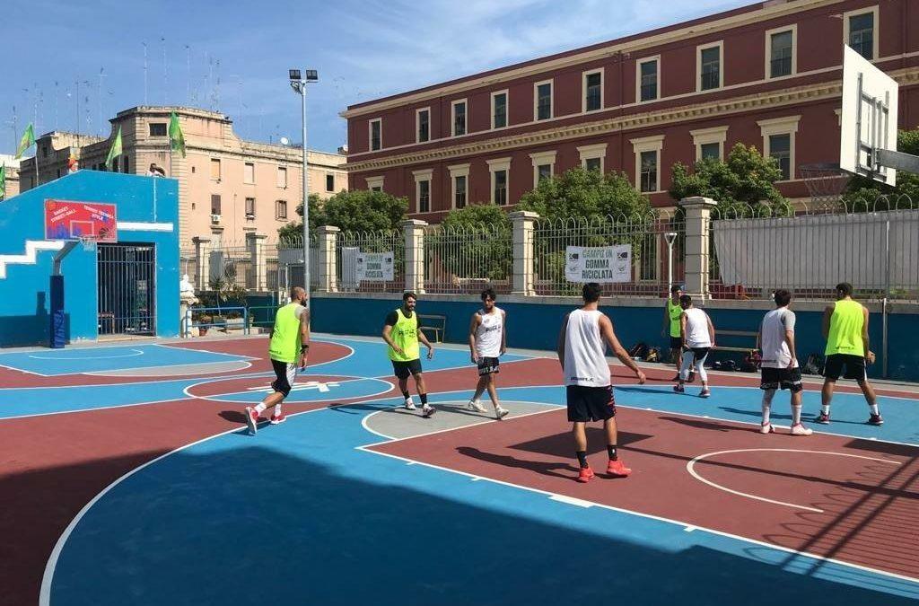 A Bari arrivano i campi da basket del futuro in gomma riciclata